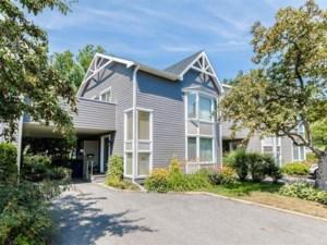10792737 - Maison à étages à vendre