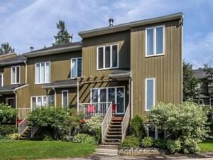 28964162 - Maison à étages à vendre