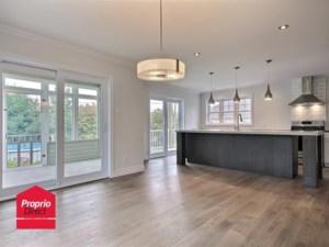 26760575 - Maison à étages à vendre