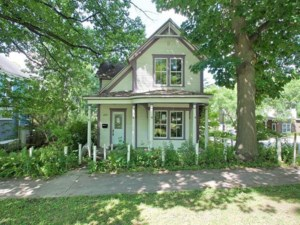 11842509 - Maison à étages à vendre