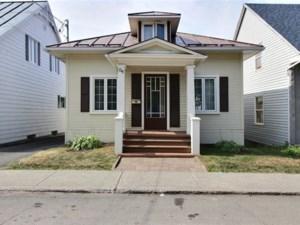 12182503 - Maison à 1 étage et demi à vendre