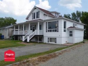 10999117 - Maison à étages à vendre