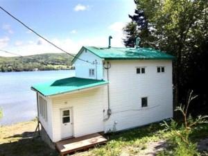 12264028 - Maison à étages à vendre