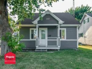 16212989 - Maison à étages à vendre
