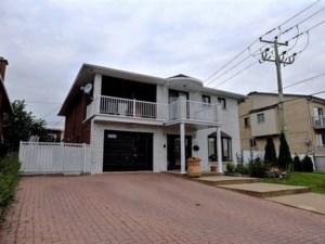 20382793 - Maison à étages à vendre