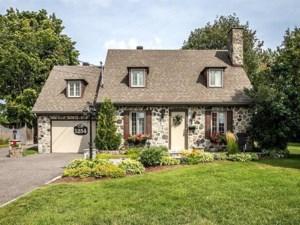 21295104 - Maison à 1 étage et demi à vendre