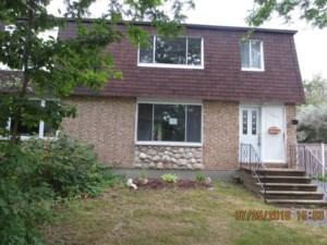 12510269 - Cottage-jumelé à vendre