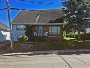 16875784 - Maison à étages à vendre