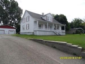 26665041 - Maison à étages à vendre