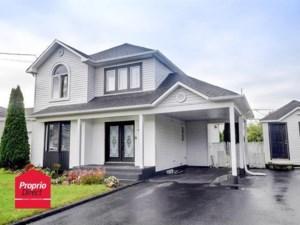 25275883 - Maison à étages à vendre