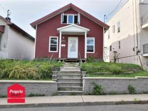 26892457 - Maison à étages à vendre
