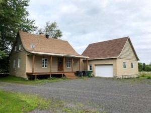 18677054 - Maison à étages à vendre