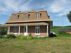 19239235 - Maison à étages à vendre