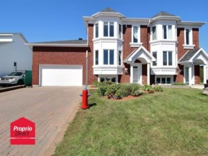 15757874 - Maison à étages à vendre