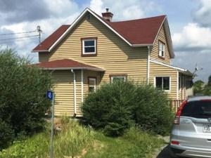 11296628 - Maison à étages à vendre
