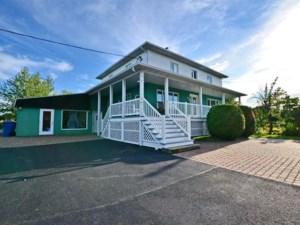 20882263 - Maison à étages à vendre
