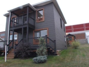 23613004 - Maison à étages à vendre