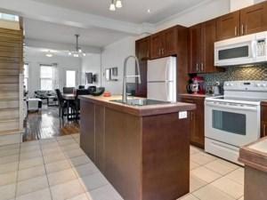 21810593 - Maison à étages à vendre