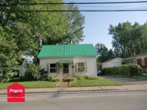 15781687 - Maison à étages à vendre
