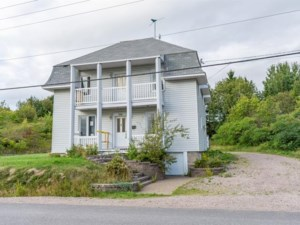 24537103 - Maison à étages à vendre