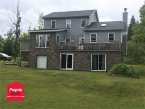 25172536 - Maison à étages à vendre