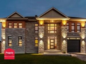 22368612 - Maison à étages à vendre