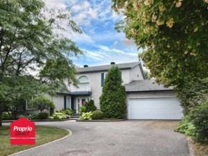 9385082 - Maison à étages à vendre