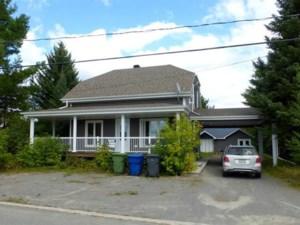 25532059 - Maison à étages à vendre