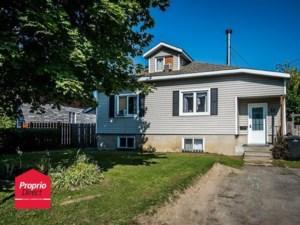 25466223 - Maison à étages à vendre