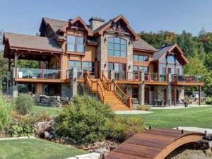 10709376 - Maison à étages à vendre