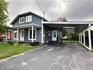 10831366 - Maison à étages à vendre