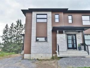 28784224 - Cottage-jumelé à vendre
