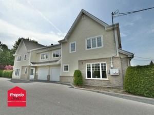 12113342 - Maison à étages à vendre