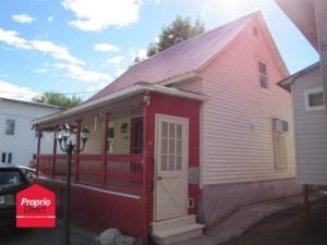 14319552 - Maison à étages à vendre
