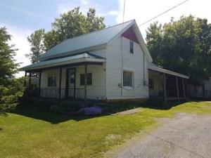 19761861 - Maison à 1 étage et demi à vendre