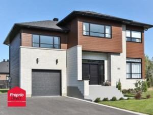 14234216 - Maison à étages à vendre