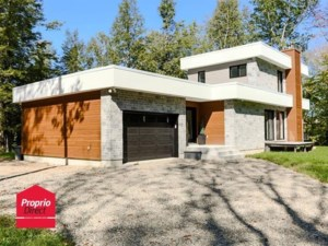 19270105 - Maison à 1 étage et demi à vendre