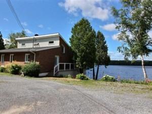 20907249 - Maison à 1 étage et demi à vendre
