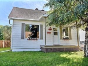 28311326 - Maison à étages à vendre
