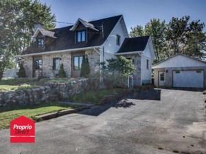 24373762 - Maison à étages à vendre