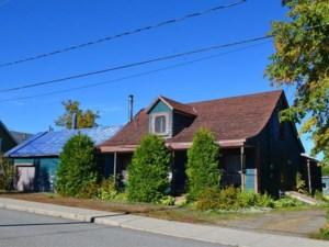 10895988 - Maison à 1 étage et demi à vendre