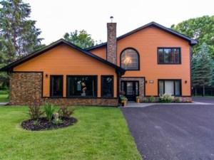27200418 - Maison à étages à vendre