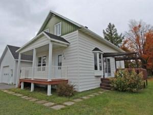 16437214 - Maison à 1 étage et demi à vendre