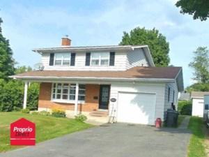 17660799 - Maison à étages à vendre