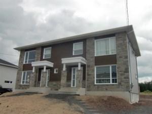 28574319 - Cottage-jumelé à vendre