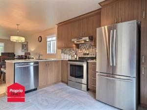 22536907 - Maison à étages à vendre
