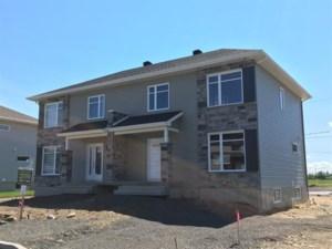 10810779 - Cottage-jumelé à vendre