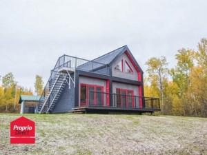 19904428 - Maison à étages à vendre