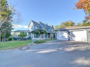 23640454 - Maison à étages à vendre