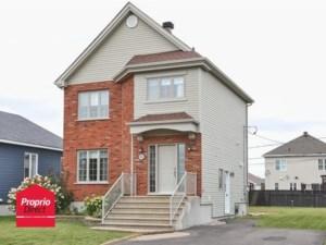 9341751 - Maison à étages à vendre